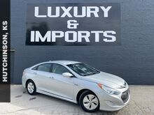 2015_Hyundai_Sonata Hybrid_Base_ Leavenworth KS