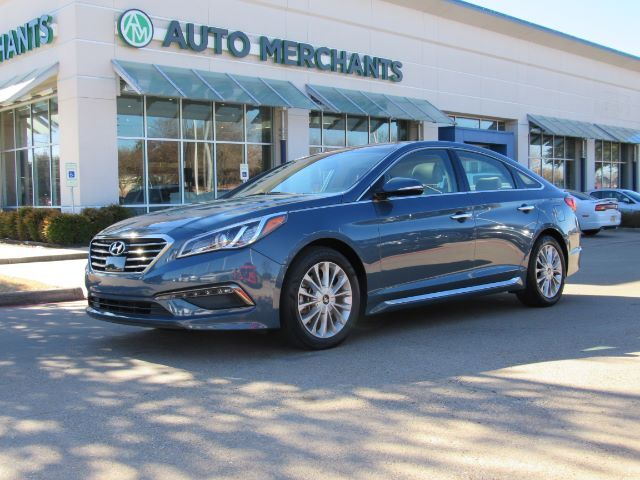 2015 Hyundai Sonata LIMITED, LEATHER SEATS, BLUETOOTH CONNECTION, NAVIGATION SYSTEM, BLIND SPOT INTERVENTION, PANORAMIC Plano TX