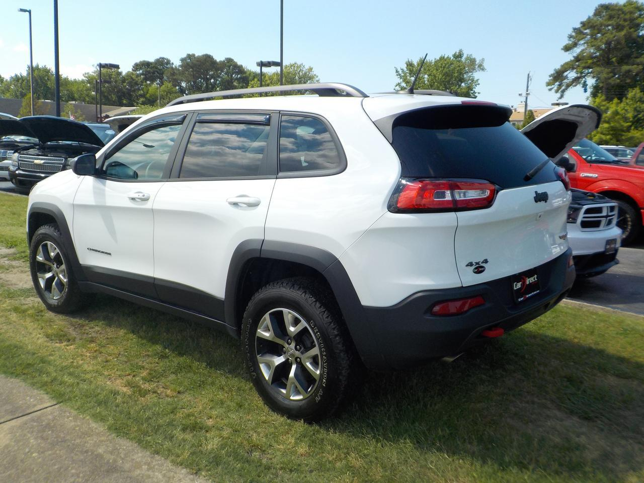 2015 JEEP CHEROKEE TRAILHAWK 4X4, WARRANTY, NAVIGATION, ROOF RACKS, BACKUP CAMERA, BLUETOOTH, REMOTE START, LEATHER! Virginia Beach VA