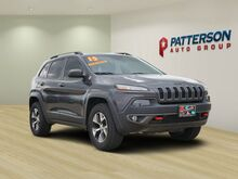 2015_Jeep_Cherokee_***ONE OWNER***CLEAN CARFAX***4WD***TRAILHAWK***V6***_ Wichita Falls TX