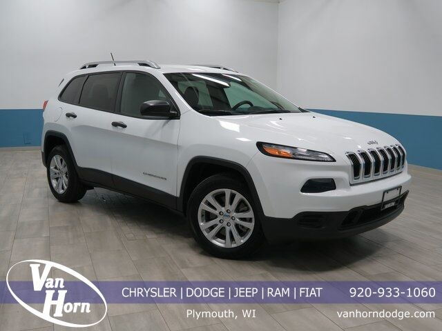 2015 Jeep Cherokee Sport Plymouth WI