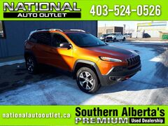 2015 Jeep Cherokee Trailhawk - REMOTE START, BACK UP CAMERA, SUN ROOF