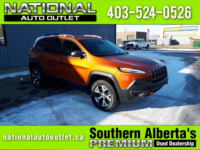 2015 Jeep Cherokee Trailhawk - REMOTE START, BACK UP CAMERA, SUN ROOF Lethbridge AB