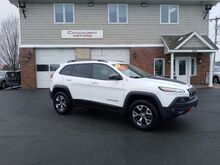 2015_Jeep_Cherokee_Trailhawk_ East Windsor CT