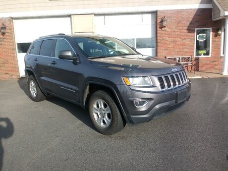 2015 Jeep Grand Cherokee Laredo East Windsor CT