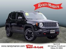 2015_Jeep_Renegade_Trailhawk_  NC
