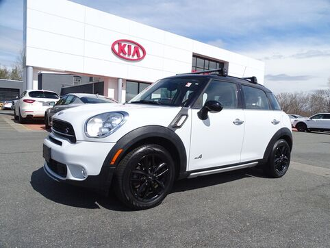 2015_MINI_Cooper Countryman_S_ Swansea MA