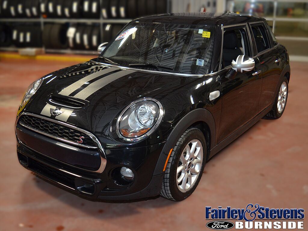 2015 MINI Cooper Hardtop 5 Door S Dartmouth NS
