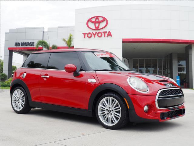 2015 MINI Hardtop 2 Door Base Delray Beach FL