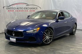 2015_Maserati_Ghibli_S Q4 / 3.0L Twin Turbo V6 Engine / AWD / Sunroof / Navigation / Bluetooth / Push Start / Remote Start / Parking Aid with Rear View Camera / Heated Leather Seats_ Addison IL
