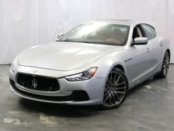 2015_Maserati_Ghibli_S Q4/ High Gloss Carbon Trim / Brake Calipers Red / Premium Sound System / Sport Pack / Premium Package / Luxury Package_ Addison IL