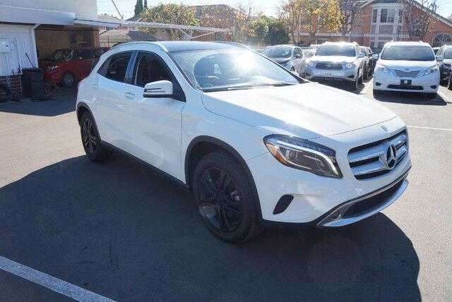 2015 Mercedes-Benz GLA-Class GLA 250 (08/15) RC,BS,PANO,HID,HK,KG
