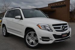 Mercedes-Benz GLK 350 4MATIC One Owner/Navigation/Premium Pkg/Rear View Camera/Panoramic Roof/Heated Seats/Multimedia Pkg/SAT Radio 2015