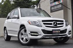 Mercedes-Benz GLK-Class GLK 350 4Matic/Premium Package w/ Panorama Sunroof, Sirius Satellite Radio, Power Liftgate/Multimedia Package w/ Navigation, Rearview Camera/Heated Front Seats 2015