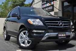 Mercedes-Benz M-Class ML 350 4Matic/Premium Package w/ Navigation, Rearview Camera/Keyless-Go/HK Audio/Heated Front Seats/Panoramic Roof/Lane Tracking Package w/ Blind Spot Assist, Lane Keeping Assist/Trailer Hitch 2015