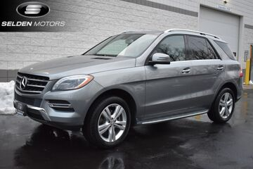 2015_Mercedes-Benz_ML350_4Matic_ Willow Grove PA