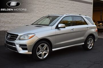 2015_Mercedes-Benz_ML400_AMG Sport 4MATIC_ Willow Grove PA