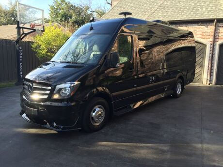 2015 Mercedes-Benz SVA WEEKENDER 3500 High Roof 170-in. WB EXT Irving TX