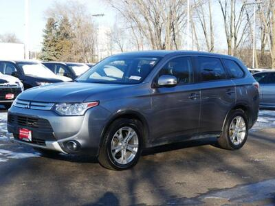 2015_Mitsubishi_Outlander_SE_ Inver Grove Heights MN