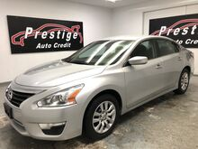 2015_Nissan_Altima_2.5 S_ Akron OH