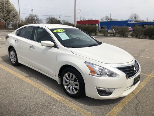 2015_Nissan_Altima_2.5 S_ Frankfort KY