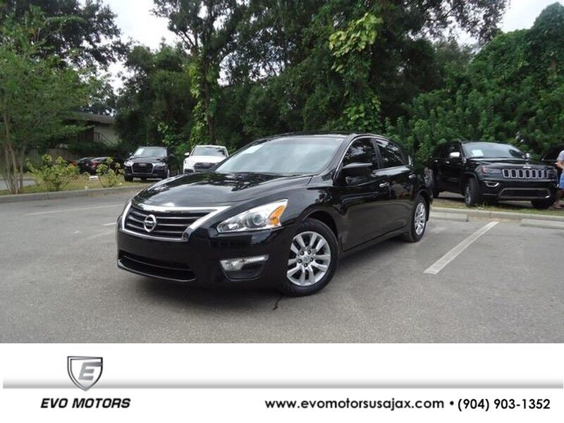 2015 Nissan Altima 2.5 S LEATHER. CAMERA