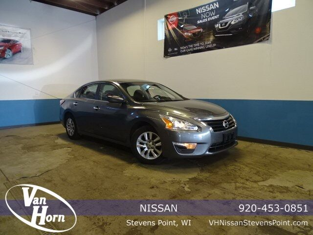 2015 Nissan Altima 2.5 S Milwaukee WI
