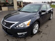 2015_Nissan_Altima_2.5 SL_ Fort Wayne Auburn and Kendallville IN