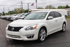 2015_Nissan_Altima_3.5 SL_ Fort Wayne Auburn and Kendallville IN
