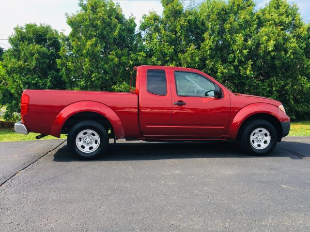 2015 Nissan Frontier SV King Cab I4 5AT 2WD Richmond IN