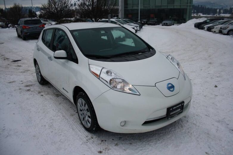 2015 Nissan LEAF S Bluetooth, Power options,Heated seats and steering wheel. Penticton BC