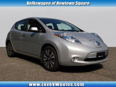 2015_Nissan_LEAF_SL_ Newtown Square PA