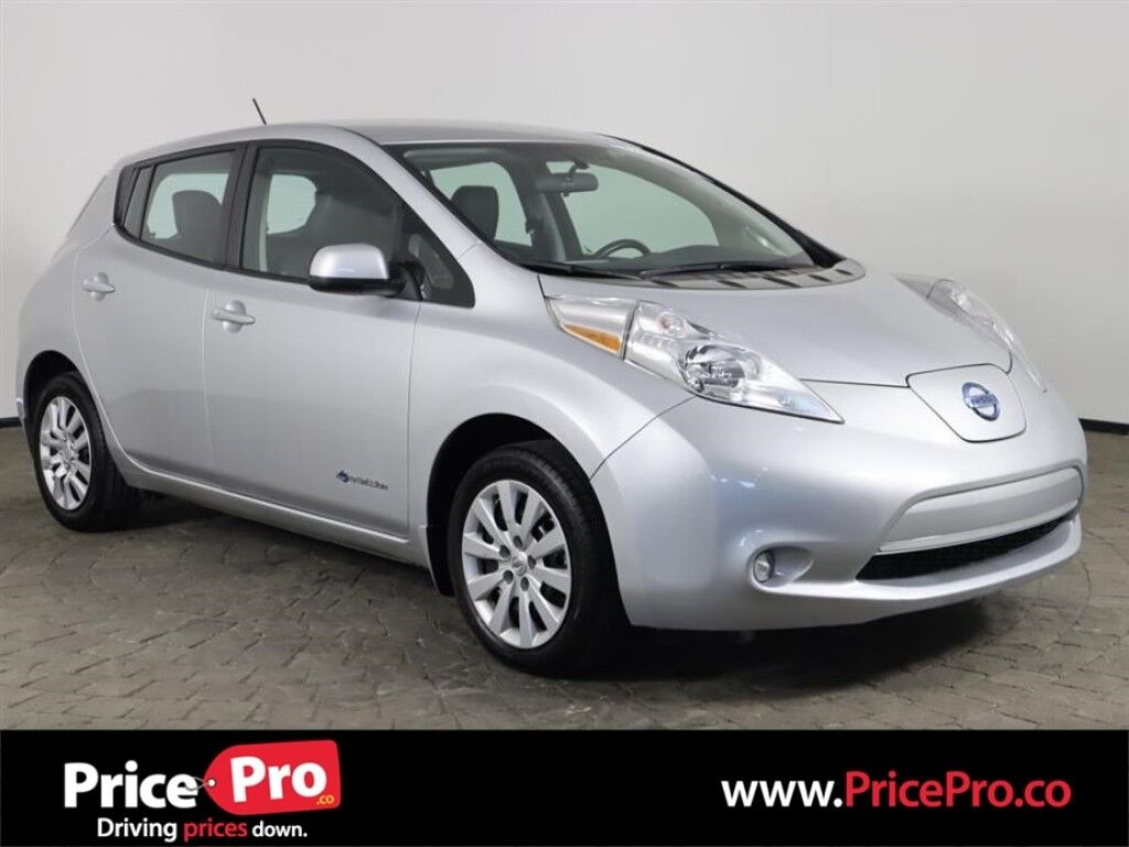 2015 Nissan LEAF w/Heated Leather