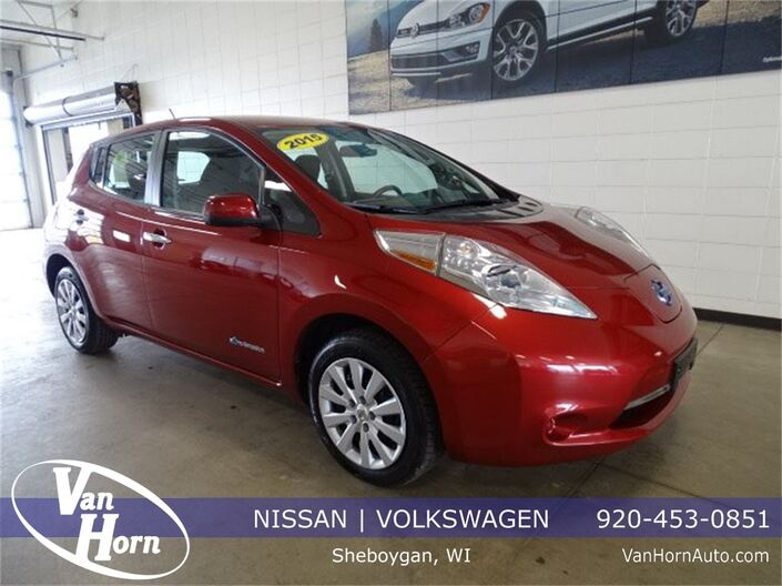 2015 Nissan Leaf S Plymouth WI