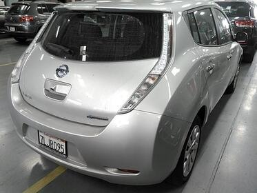 Nissan Leaf S w/ Quick Charge Port 2015