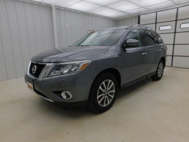 2015 Nissan Pathfinder 4WD 4dr S Manhattan KS