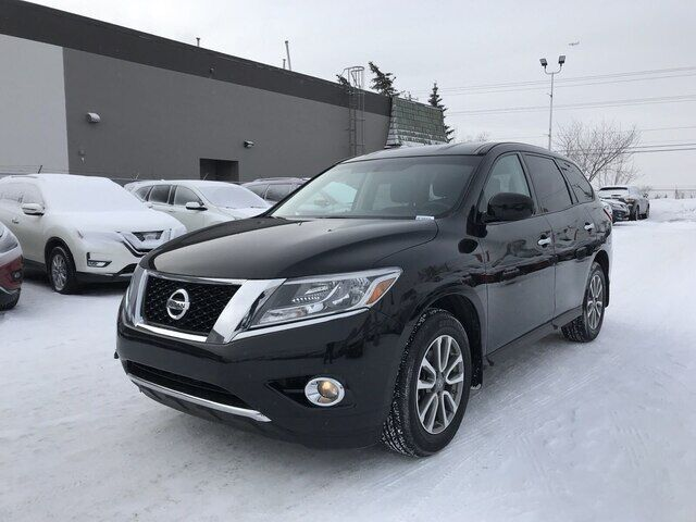 2015 Nissan Pathfinder 7 PASSENGER | 4WD | AUTOMATIC |  *GREAT DEAL* Calgary AB