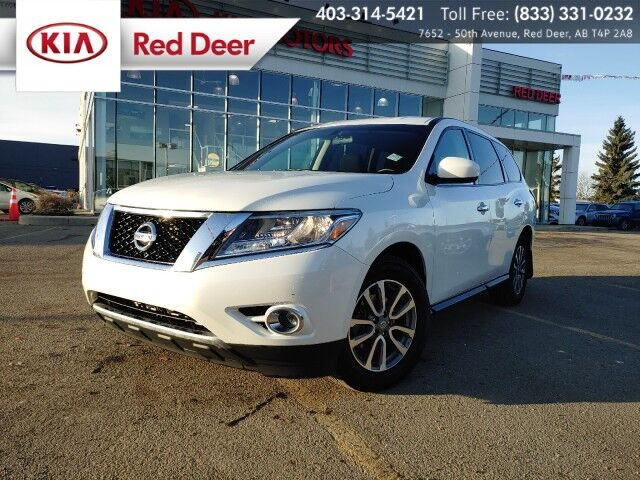 2015 Nissan Pathfinder S Red Deer AB