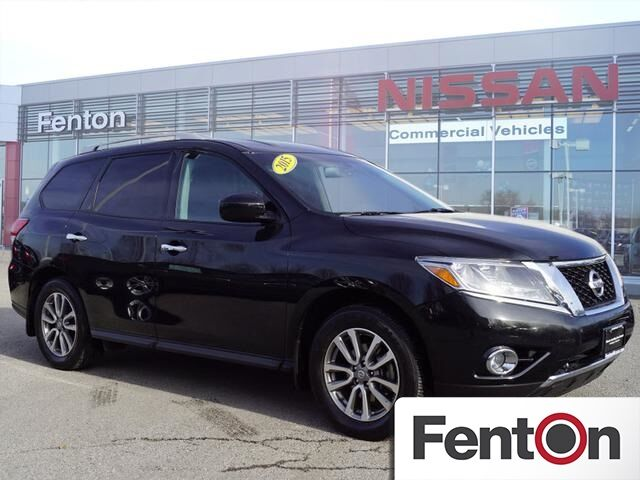 2015 Nissan Pathfinder SV CERTIFIED Lee's Summit MO