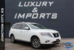 2015_Nissan_Pathfinder_SV_ Leavenworth KS