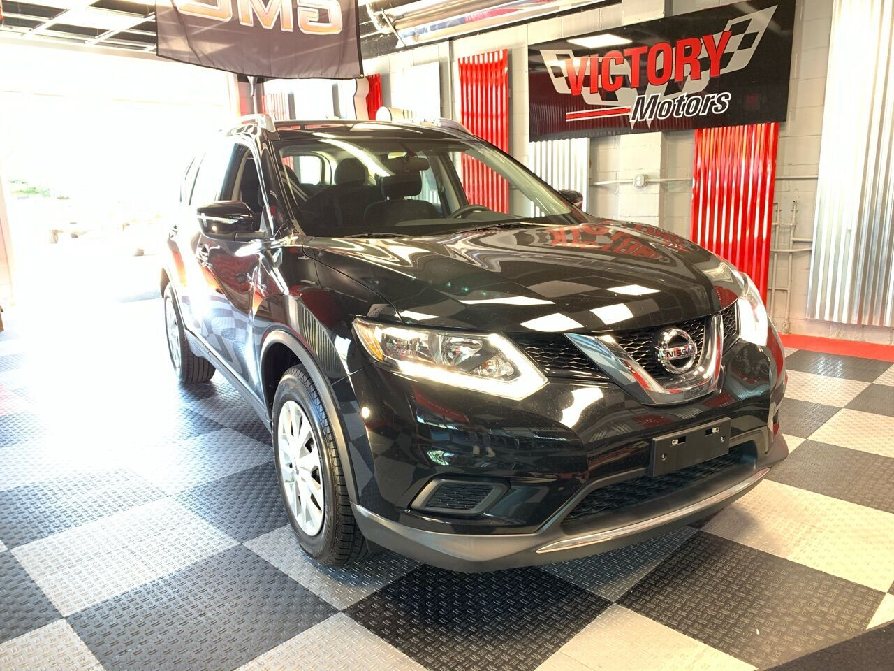 2015 Nissan Rogue SV 4dr Crossover Royal Oak MI