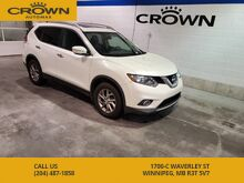 2015_Nissan_Rogue_SV **Panoramic Moonroof, 2 sets of tires**_ Winnipeg MB