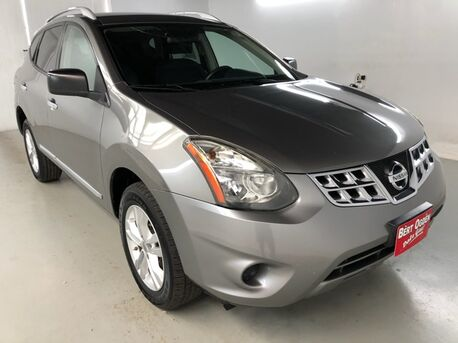 2015_Nissan_Rogue Select_S_ Mercedes TX