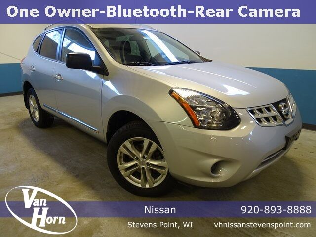 2015 Nissan Rogue Select S Plymouth WI