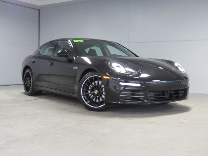 2015 Porsche Panamera  Kansas City KS