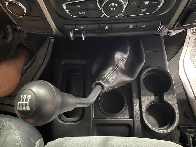 2015 RAM 2500 CREW CAB 4X4 SLT 6 SPEED MANUAL TRANSMISSION Bridgeport WV