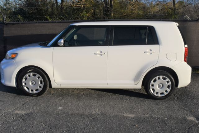 2015 Scion xB 5-Door Wagon 4-Spd AT Henderson NC