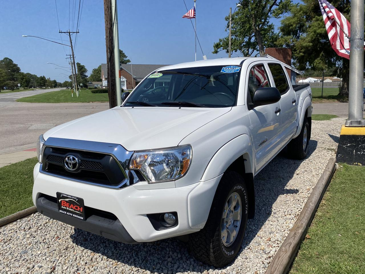 2015 TOYOTA TACOMA TRD OFF ROAD DOUBLE CAB 4X4, WARRANTY, BLUETOOTH, BACKUP CAM, AUX/USB PORT, ONLY 37K MILES, AS NEW! Norfolk VA