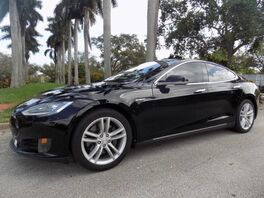 2015_Tesla_Model S_70_ Hollywood FL