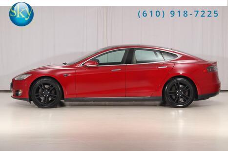 2015_Tesla_Model S_70D 7-PASSENGER_ West Chester PA
